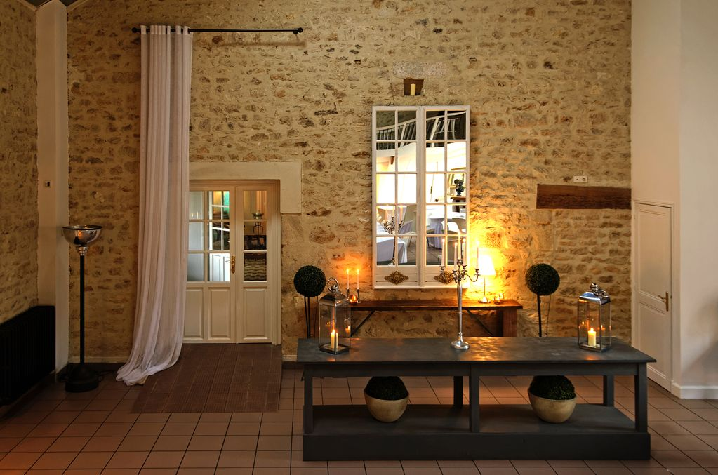 Chateau de la Couronne, Maison d'hôtes de Luxe à Marthon, Charente, Sud-Ouest proche d'Angoulême, Adresses Exclusives.